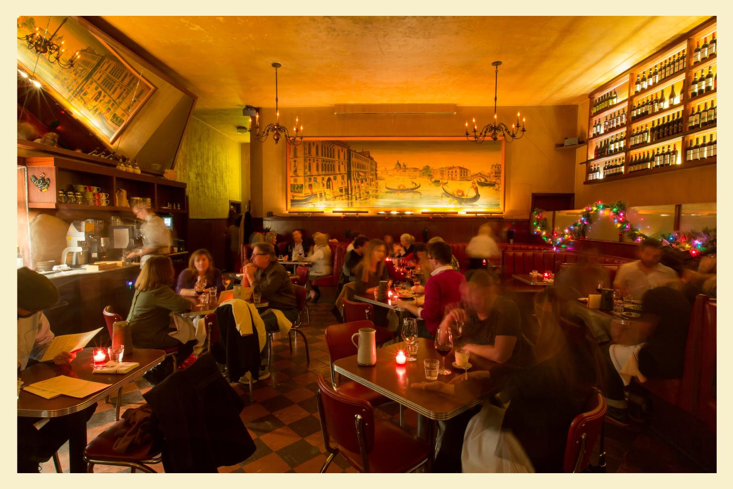 tosca-cafe-dinning-room