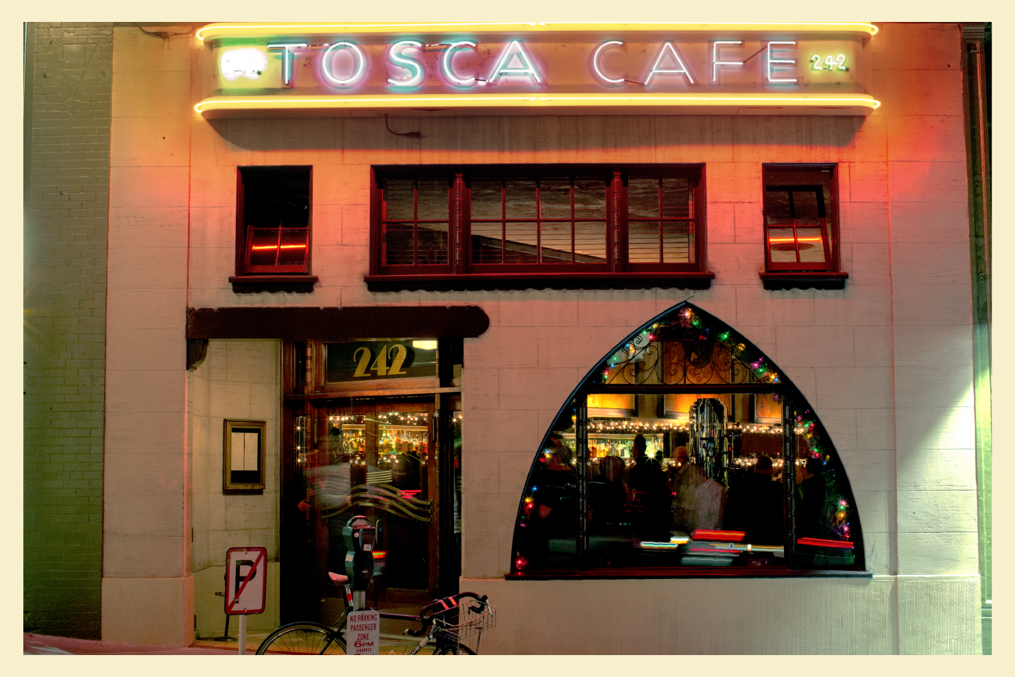 tosca-cafe-outside